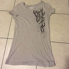 American Eagle Outfitters Jeweled T-shirt Good used condition American Eagle Outfitters Jeweled T-shirt American Eagle Outfitters Tops Tees - Short Sleeve