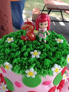 Top of strawberry shortcake cake Strawberry Shortcake Birthday, Birthday Cake, Cakes, Christmas Ornaments, Holiday Decor, Create, Top, Cakes For Kids, Strawberry Fruit