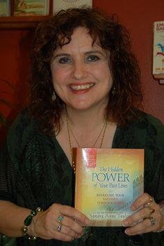 Sandra Anne Taylor autorka książki Ukryta Moc Twoich Poprzednich Wcieleń