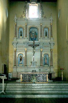 También situada en Getsemani al igual que la iglesia de la Tercera Orden y la iglesia de San Roque, la iglesia de Trinidad es reconocida por acciones que se llevaron a cabo para lograr la independencia de Cartagena.