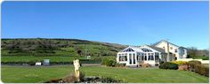 Northern Ireland accommodation. Lynden Heights Bed and Breakfast, Ballygally, Antrim Coast