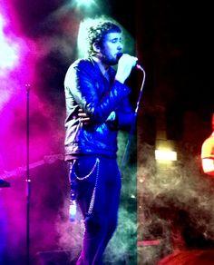 Il Cile: cronaca di un concerto senza inutili coloranti • Link: http://themusicportrait.com/2012/10/17/il-cile-cronaca-di-un-concerto-senza-inutili-coloranti/