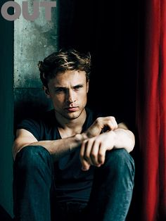 William Moseley out magazine article ... The Royals