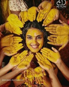 Haldi Shots are supposed to take you back to that fun-filled moment! So Get some super-cool Candid Photography shots for your Haldi Ceremony! Mehendi Photography, Indian Wedding Couple Photography, Indian Wedding Photos, Indian Weddings, Candid Photography, Photography Ideas, Bride Indian, Indian Bridal, Photography Courses