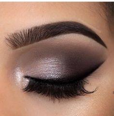 23 Fall Makeup Ideas - The Glossychic Eye Makeup Designs, Eye Makeup Art, Fall Makeup, Makeup Inspo, Eyeshadow Makeup, Makeup Inspiration, Beauty Makeup, Eyeliner, Makeup Ideas