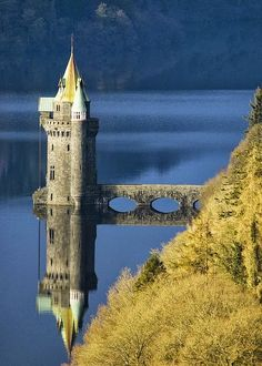 Small tower castle ruin on Lake Efrnwy, Wales. I would love to have a tower just sitting out on a lake somewhere. Places Around The World, Oh The Places You'll Go, Places To Travel, Places To Visit, Around The Worlds, Beautiful Castles, Beautiful Places, Wonderful Places, Small Castles