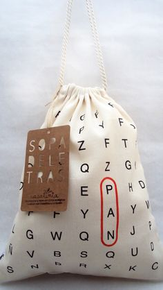 "Do this with letters and circle ""plastic free"" Fabric Bags, Cotton Bag, Cloth Bags, Packaging Design, Shopping Bag, Purses And Bags, Diy And Crafts, Sewing Projects, Pouch"