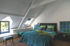 On s'amuse avec le bleu et le vert pour renouveller la déco bretonne - Bretagne : on refait la déco ! - CôtéMaison.fr