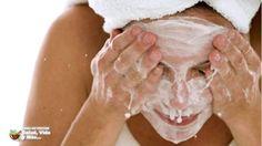 Esto es lo que pasa si te lavas la cara con BICARBONATO y ACEITE de COCO...