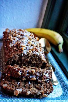 Hoppas ni har haft en bra helg och en härlig söndag. Min har bestått av mys, träning och frossande i mat, hemmagjorda brownies (recept kommer) och andra kalori Vegan Foods, Vegan Snacks, Healthy Snacks, Vegan Baking, Healthy Baking, Raw Ice Cream, Swedish Recipes, Breakfast Snacks, Simply Recipes