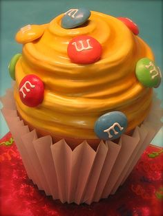 m giant cupcake by debbiedoescakes, via Flickr