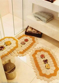 pretty+protected+crochet | bathroom crochet set with pattern very pretty, you can press on ...
