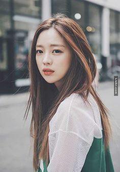 ulzzang and park seul image Park Seul, Bora Lim, Chestnut Hair, Asian Hair, Asian Brown Hair, Looks Chic, Brown Hair Colors, Hair Colour, Ulzzang Girl