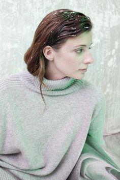Ревизия: юбки и платья на осень http://www.wonderzine.com/wonderzine/style/shoots/201263-midi-skirts-fw14