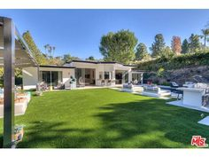 See this home on @Redfin! 1955 Loma Vista Dr, Beverly Hills, CA 90210 (MLS #16-978783) #FoundOnRedfin