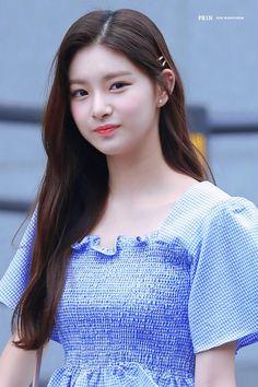 Kpop Girl Groups, Korean Girl Groups, Kpop Girls, Hangzhou, K Pop, Entertainment, Sexy Asian Girls, My Princess, Ulzzang Girl