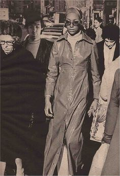 80s Fashion Icons, 1969 Fashion, Fashion Idol, Vintage Fashion, African American Models, Top Fashion Magazines, Vintage Black Glamour, Classic Image, New York Street