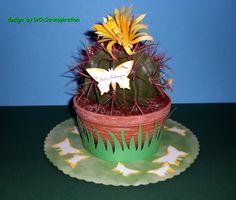 Kaktus als Geschenk schön gestaltet mit Schmetterlingen und Blüte - cactus with paper butterfly,  paper flower and paper gras - the paper flower from bigz die stampin up