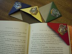 Harry Potter House Themed Origami Bookmarks Set of by AzuriteGifts, $10.00
