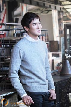 Yoo Yeon Seok Asian Men Fashion, Korean Street Fashion, Kang Sora, Yoo Yeon Seok, Korean Model, Korean Actors, Warm And Cozy, Superstar, Actors & Actresses