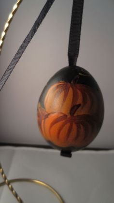 Halloween-Fall-Pumpkin-Polish-Blown-Egg