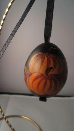 Halloween-Fall-Pumpkin-Polish-Blown-Egg
