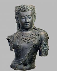 Life size image of Bodhisattva Padmapani, from Chaiya, Thailand, 775 AD (bronze)  Bangkok National Museum