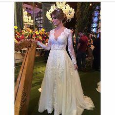 """4,531 Me gusta, 9 comentarios - Delírio de noiva 🌹🔝 (@deliriodenoiva) en Instagram: """"Bom diaaa👰 SIGAM NOSSA PÁGINA no Facebook/delíriodenoiva 👈👈👈👈 #deliriodenoiva #noiva #noivinha…"""""""