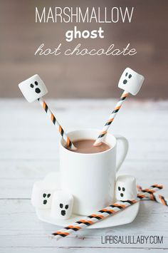 create easy Marshmallow Ghosts for your Hot Chocolate with edible markers - a fun Halloween treat for kids.