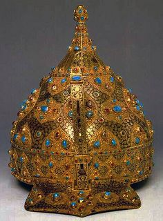Ottoman Empire jeweled and gold-inlaid steel ceremonial chichak, a type of helmet (migfer) originally worn in the 15th-16th century by cavalry of the Ottoman Empire