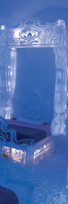 "Walt Disney and Quebec City's Hotel De Glace unveil the new ""Frozen"" Themed Guest Suite  