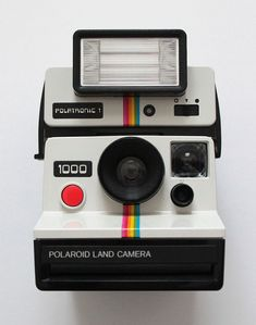 Polaroid 1000 Land Camera with Polatronic 1 Flash (bought separately at the car boot sale).
