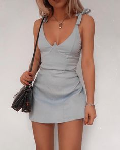 And I have a great compilation of fashionable and trendy outfits for you. Find ideas for fashion clothes here! Trendy Outfits, Summer Outfits, Cute Outfits, Fashion Outfits, Summer Dresses, Womens Fashion, Fashion Trends, Style Fashion, Indie Fashion
