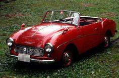 ダットサン・フェアレデー(昭和35年)  輸出専用モデルとして生まれた日産の心意気  ■型式名SPL213。左ハンドルの輸出専用モデル