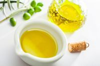 Rezept für eine Olivenöl-Kamille Haarkur für normales Haar aus nur  Zutaten
