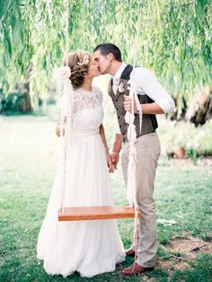 Bohemian Bride and Groom by Tree Swing | photography by http://featherandstone.com.au