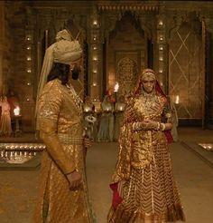 Ethnic Outfits, Indian Outfits, Ethnic Fashion, Indian Fashion, King Painting, Muslimah Wedding Dress, Indian Aesthetic, Banaras Sarees, Bridal Lehenga Collection