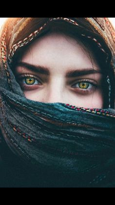 63 New Ideas Photography Portrait Ideas Projects Eyes Gorgeous Eyes, Pretty Eyes, Cool Eyes, Amazing Eyes, Beautiful Hijab, Beautiful Eyes Images, Pretty People, Beautiful People, Fotografie Portraits