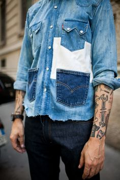 Best Street Style Looks at Milan Men's Fashion Week Spring 2017 Street style at Milan Men's Fashion Week Spring 2017 [Photo: Kuba Dabrowski]Street style at Milan Men's Fashion Week Spring 2017 [Photo: Kuba Dabrowski] Fashion Week Hommes, Milan Men's Fashion Week, Mens Fashion Week, Cool Street Fashion, Denim Fashion, Fashion Trends, Womens Fashion, Street Style 2017, Street Style Looks