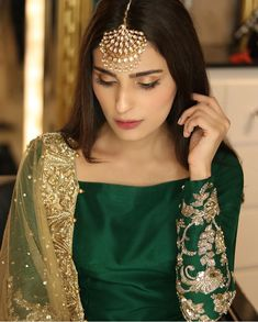 Pakistani Celebrities Enjoy Mehndi Function of Sadaf Ghaffar And Hassan Hayat Khan Pakistani Fashion Party Wear, Pakistani Wedding Outfits, Pakistani Dresses Casual, Pakistani Bridal Dresses, Indian Fashion Dresses, Pakistani Dress Design, Indian Outfits, Casual Dresses, Fancy Wedding Dresses