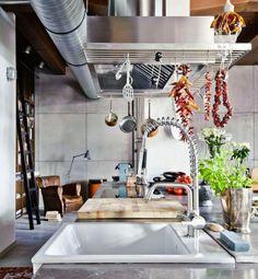Veja mais em Casa de Valentina: www.casadevalentina.com.br #details #interior #design #decoracao #detalhes #decor #home #casa #design #idea #ideia #charm #charme #casadevalentina #kitchen #cozinha #ecletico #eclectic
