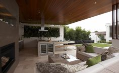 Eco Outdoor - Project of the Month - September 2010 - Entertainers Delight