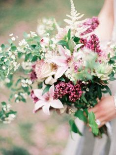 Light pink and plum wedding bouquet
