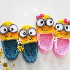 Minion Crochet, Crochet Baby Beanie, Crochet Baby Shoes, Crochet Baby Booties, Knitted Headband, Crochet Basket Pattern, Crochet Animal Patterns, Baby Knitting Patterns, Knitting Designs
