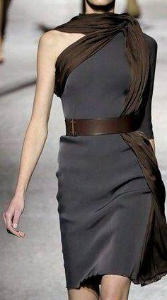Lanvin - Mode prêt à porter - Haute couture - Lanvin grey and brown drape Estilo Fashion, Look Fashion, Fashion Details, Runway Fashion, High Fashion, Womens Fashion, Fashion Design, Lanvin, Mode Chic