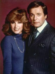 Stephanie Powers and Robert Wagner - Hart to Hart - ABC T.V. Show from the 80's.  Was is a cute show? Yes! Was is corny??? Oh yeah!!! Did I love it? Of course. These two actors are beautiful and they had such a wonderful chemistry together that it made the show, fun to watch.