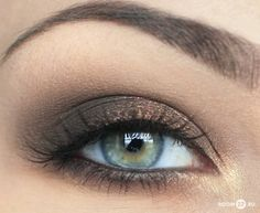 smokey eye with gold accents.  www.beautysensation.com/Catalogonline.htm