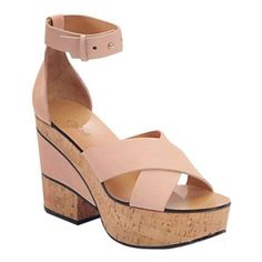 Pre-Owned Chloe $795 Nude Leather and Cork Chunky Platform... ($325) ❤ liked on Polyvore featuring shoes, sandals, neutral, platform shoes, cork sandals, chunky platform sandals, criss-cross sandals and chloe shoes