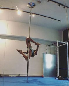 """109 Likes, 11 Comments - Rhyn (@rhyncheung) on Instagram: """"Spectacular, amazing, mesmerizing transitions inspired by @margaritaokulovaevans (#pdcupid to…"""""""