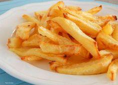 Light τηγανιτες πατατες υπαρχουν? Και ομως ναι! Θέλεις να πάρεις τη νοστιμιά που έχουν οι τηγανιτές πατάτες χωρίς να φορτωθείς τις θερμίδες και το λάδι του τηγανίσματος; Σου έχουμε τον τρόπο: Η ποιο υγιεινη λύση για τα παιδιά μας!!! Μερίδες: 4 Χρόνος